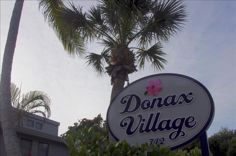 Donax Village is a short walk to the beach.