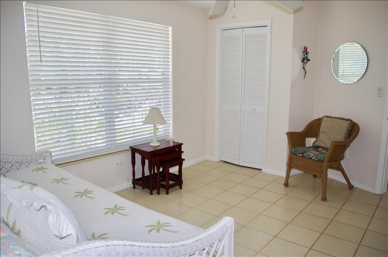 The twin bedroom adjoins the Master Bedroom.