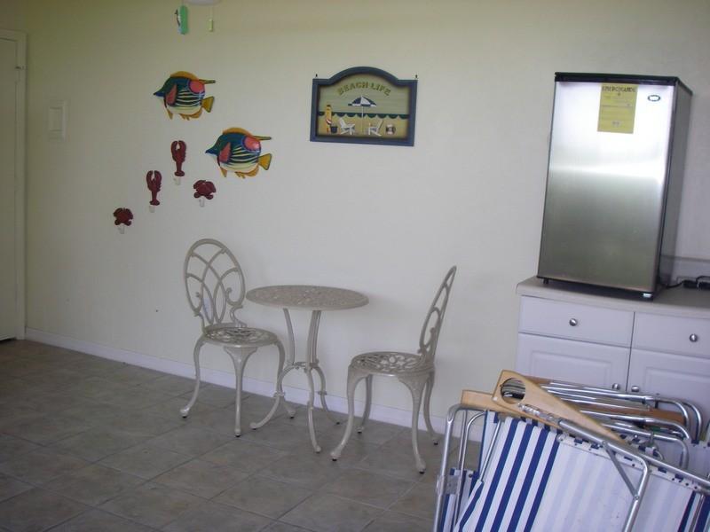 The cabana has a full bath, a/c & refrigerator.